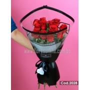 Bouquet Rosas Moderno y Elegante (Cod.2028)
