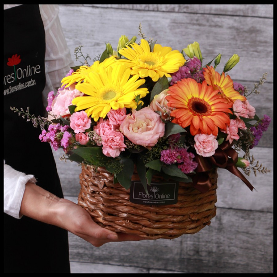 Cesta Pequeña Mix de flores (Cod.2058)