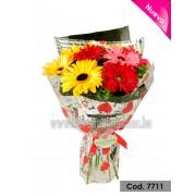 Bouquet Romántico Gerberas y Corazones (Cod.7711)
