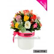 Arreglo Versales 24 Rosas Multicolor (Cod.7718)